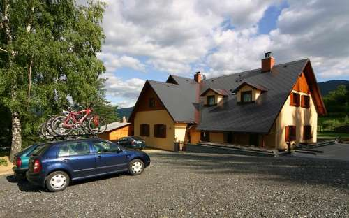 Horská chata Esty s restaurací, blízko ski areálu, Olomoucký kraj