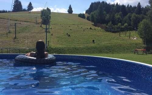 Zwembad met een prachtig uitzicht