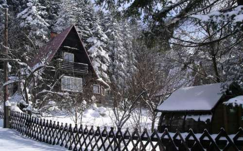 W zimie w domku