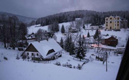 Neratov v zimě
