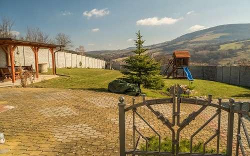 Chata v Bílých Karpatech