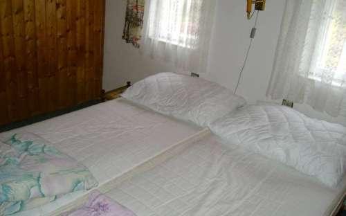 宿泊施設コテージオラシス-ベッドルーム
