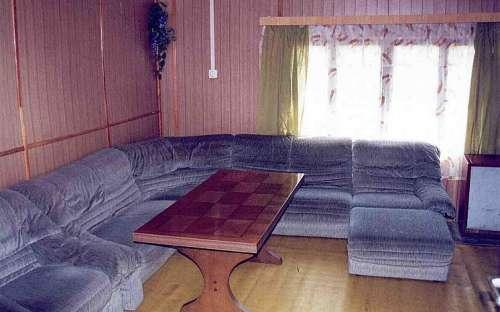 Obývací pokoj v apartmánu - přízemí