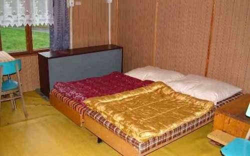 bungalov č. 6 - ložnice