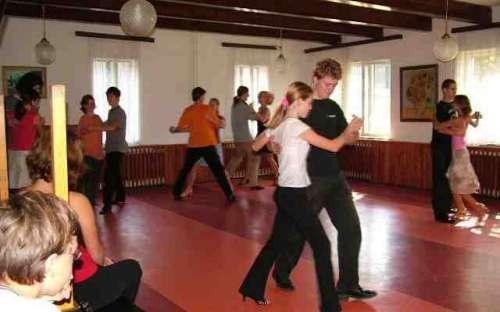jídelna - taneční soustředění