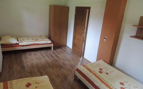 Apartmán přízemí - Pokoj 3 lůžka