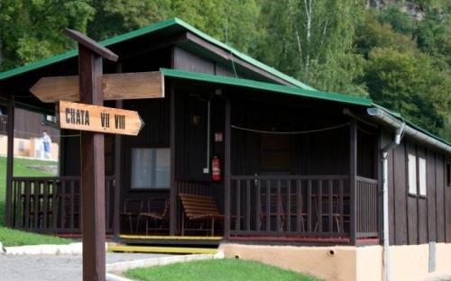 Osada domków Bítov - domki