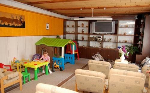 Chatová osada Bítov - restaurace