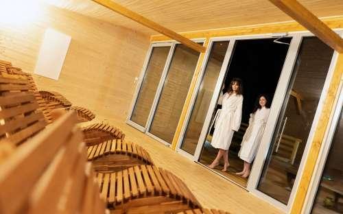 Wellness v hotelu Kamzík, hostům chaty k dispozici (50 m)