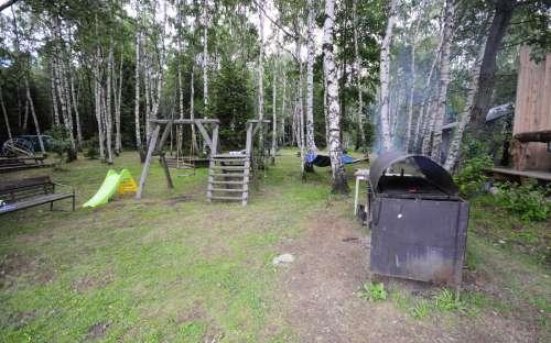 Barbecue, kinderspeelplaats