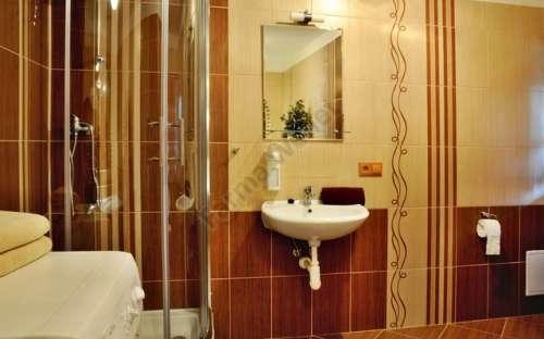 Angolo doccia con wc