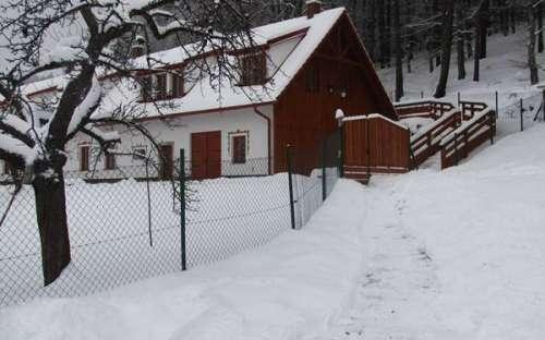 Ubytování u Kaplice Hradiště v zimě