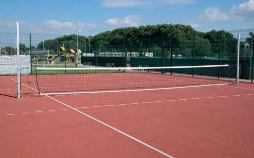Areál Horní Počaply - tenisový kurt