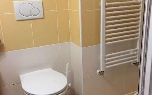 Badezimmer 2bed Zimmer