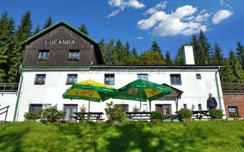 Chata Lučanka - celoroční ubytování pro školy v přírodě, lyžařské školy