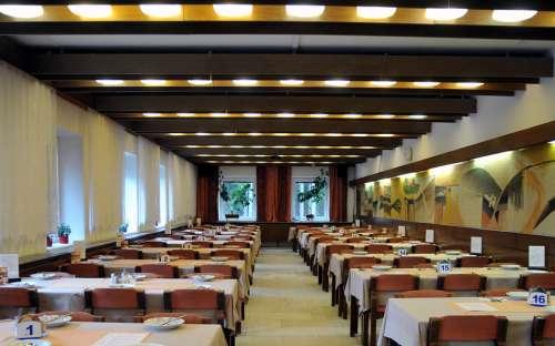 Restaurace v hotelu Kamzík