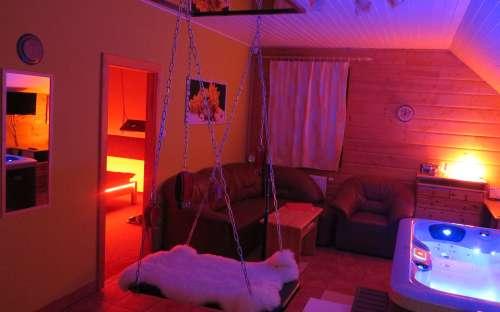 Apartmán č. 3 s erotickým vybavením