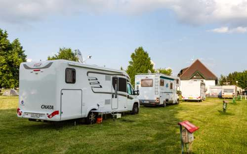 Kemp Liptovska Mara - karavany