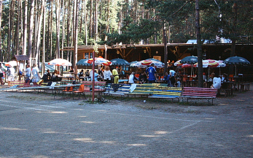 Camp Chatrek - pub