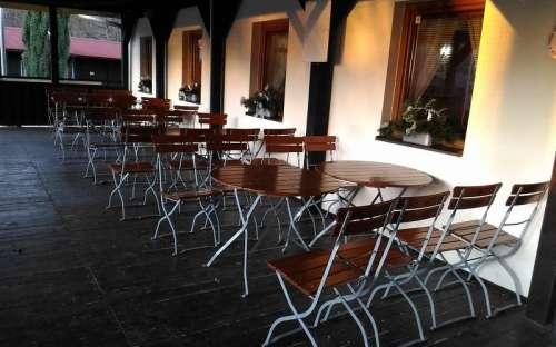 Kemp Resort Dešná - restaurace terasa