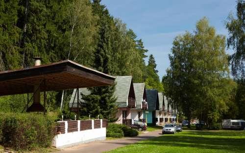 Camping Dolce - stenen vakantiehuisjes