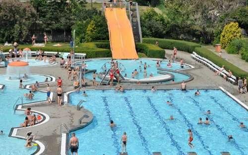 ケンプフォルマンカ-水泳