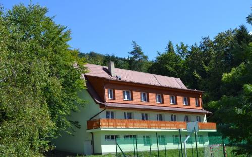 Areál H-resort - hlavná budova