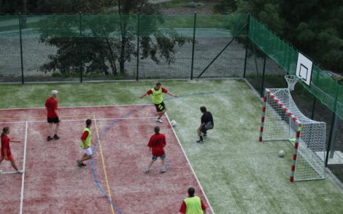 Complexe H-resort - terrain de sport