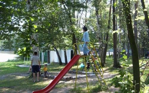 Autocamping Hluboký - dětské hřiště