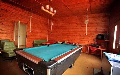 Camping Keramika - Hracholusky - billiards