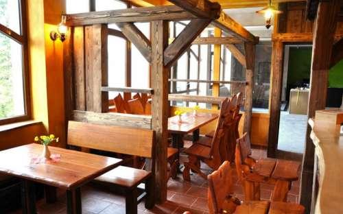 Kemp, chatky, hotel Kyčera - restaurace