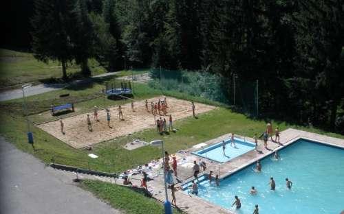 Kemp, chatky, hotel Kyčera - bazén, koupání