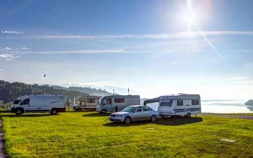 Camping Marina Liptov - caravans, tenten