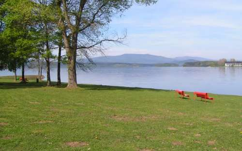 Camping Na Terasách - barrage de Lipno