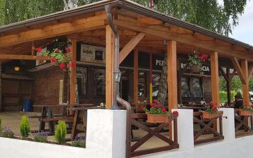 Camping Nitrianske Rudno - restaurace