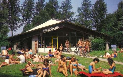 Camping Pahrbek - nuoto