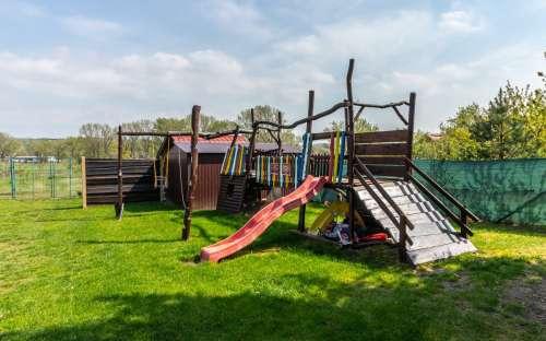 ケンプサンマルコ-遊び場
