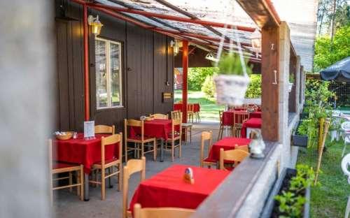 Kemp Sluníčko - restaurace