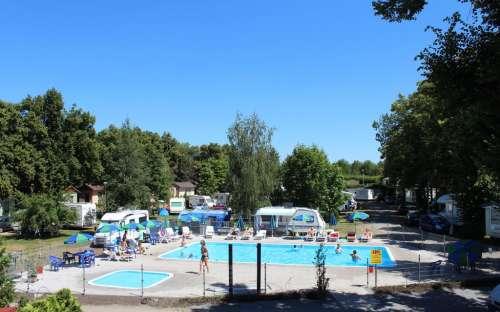 Camping Sokol Praha - pływanie
