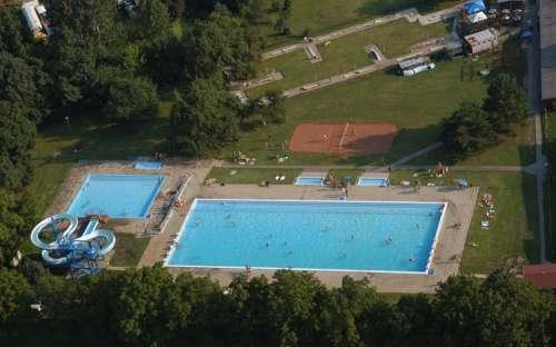 Kemp Strážnice - bazén, koupání