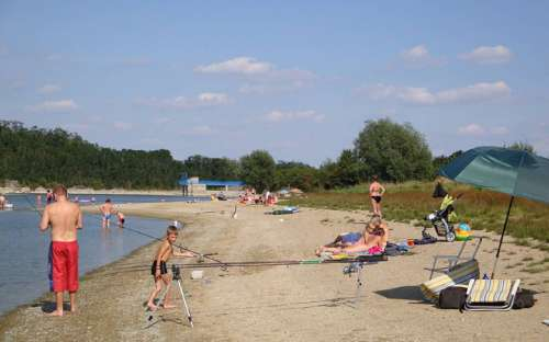 Autocamping Výr - beach, bathing