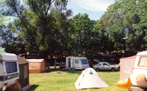 Kemp Žandov - karavany