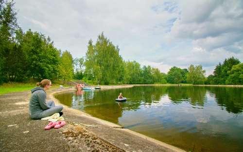 Op camping Žíchovec aan het water