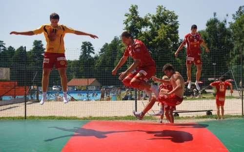 Camping i basen Pecka - trampolina dla dzieci