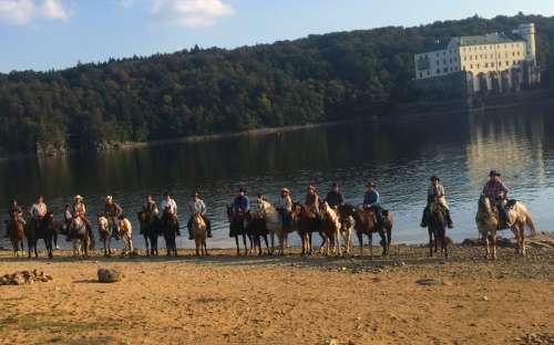 Vícedenní tripy na koních po České republice