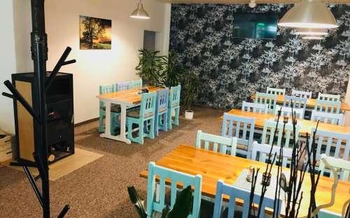 Restaurant avec bar dans la pension