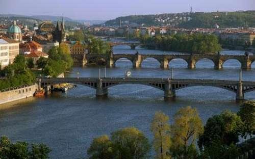 Mosty přes Vltavu, Praha