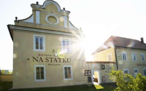Pension en restaurant U tří statkářů, Accommodatie Dobříš, Midden Bohemen