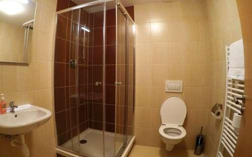 Appartement met XNUMX bedden Standaard - badkamer