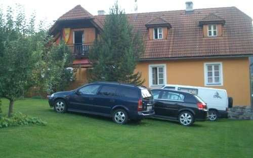 ペンションベラヴィータ、宿泊施設Nove Spoli-Cesky Krumlov